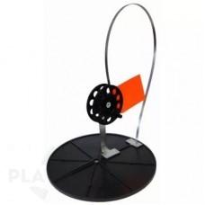 Жерлица для зимней рыбалки оснащённая на диске